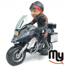 Пилот на мотоциклетист на...